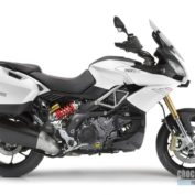 Aprilia-Caponord-1200-Travel-Pack-2015-photo