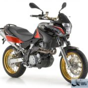 Aprilia-Pegaso-650-Factory-2013-photo