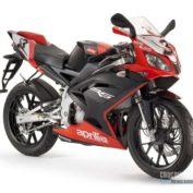 Aprilia-RS-50-2012-photo