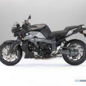 BMW-K-1300-R-2010-photo