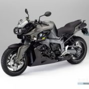 BMW-K-1300-R-Dynamic-Edition-2013-photo