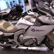 BMW-K-1600-GTL-2016-photo