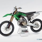 Benelli-BX-449-Cross-2011-photo