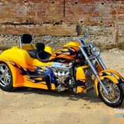 Boss-Hoss-BHC-9-Coupe-445-Trike-2012-photo