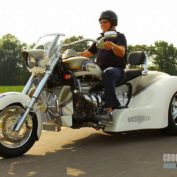 Boss-Hoss-BHC-9-Gangsta-445-Trike-2012-photo