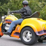 Boss-Hoss-BHC-9-LS3-Trike-2011-photo