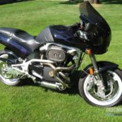Buell-S3T-Thunderbolt-1999-photo