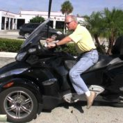 Can-Am-Spyder-RT-S-2010-photo