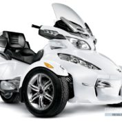 Can-Am-Spyder-Roadster-RT-Limited-2011-photo
