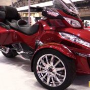 Can-Am-Spyder-ST-Limited-2016-photo