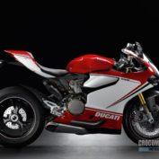 Ducati-1199-Panigale-S-Tricolore-2013-photo