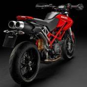 Ducati-Hypermotard-796-2010-photo