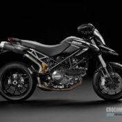 Ducati-Hypermotard-796-2011-photo