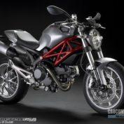 Ducati-Monster-1100-2009-photo