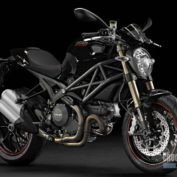 Ducati-Monster-1100-Evo-2011-photo