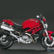 Ducati-Monster-696-2008-photo