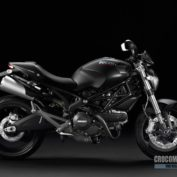 Ducati-Monster-696-2013-photo