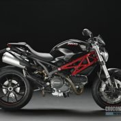 Ducati-Monster-796-2014-photo