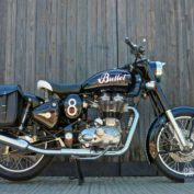 Enfield-Bullet-Classic-500-2011-photo
