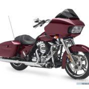 Harley-Davidson-Road-Glide-2015-photo