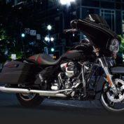 Harley-Davidson-Street-Glide-Special-2015-photo