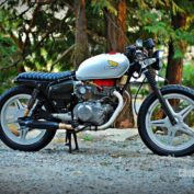 Honda-CB-400-A-1979-photo