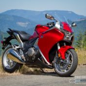Honda-VFR1200F-2011-photo