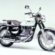 Kawasaki-Estrella-1999-photo