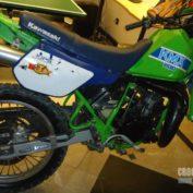 Kawasaki-KMX-200-1988-photo