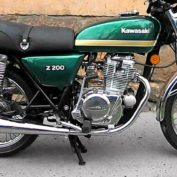 Kawasaki-Z-200-1978-photo
