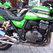 Kawasaki-ZRX1200-DAEG-2012-photo