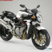 MV-Agusta-Brutale-910-R-2010-photo