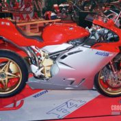 MV-Agusta-Brutale-Oro-2006-photo