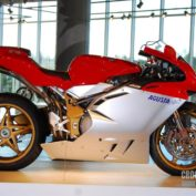 MV-Agusta-Brutale-Serie-Oro-2008-photo