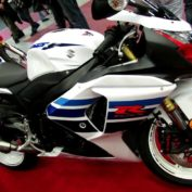 Suzuki-GSX-R1000-1-Million-2013-photo
