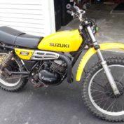 Suzuki-TS-250-1977-photo