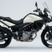 Suzuki-V-Strom-650-ABS-2013-photo
