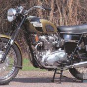 Triumph-T-150-V-Trident-750-1970-photo