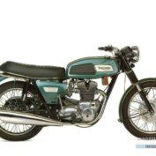 Triumph-T-150-V-Trident-750-1971-photo