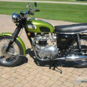 Triumph-Trophy-650-1970-photo