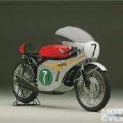 Yamaha-250-Racer-1967-photo