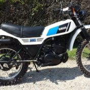 Yamaha-DT-250-MX-1981-photo