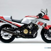 Yamaha-FZ-750-1985-photo