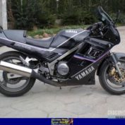 Yamaha-FZ-750-1989-photo