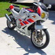 Yamaha-FZR-250-1988-photo