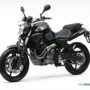 Yamaha-MT-03-2007-photo