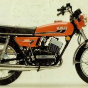 Yamaha-RD-350-6-speed-1973-photo