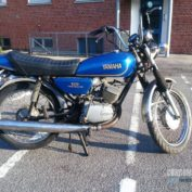 Yamaha-RS-125-1976-photo