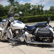 Yamaha-Road-Star-Silverado-2006-photo