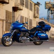 Yamaha-Royal-Star-Venture-2011-photo